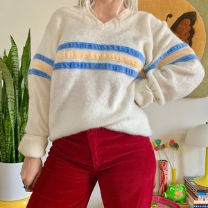 Vintage 70s terry cloth v neck sweater XL